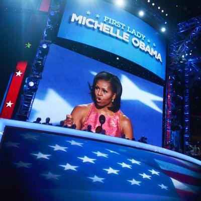 Presidentti Barack Obaman puoliso Michelle Obama innosti puheessaan demokraatteja uusiin ponnistuksiin miehensä uudelleenvalinnan puolesta 4. syyskuuta 2012.