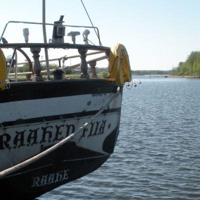 Purjelaiva Raahen Fiian peräosa.