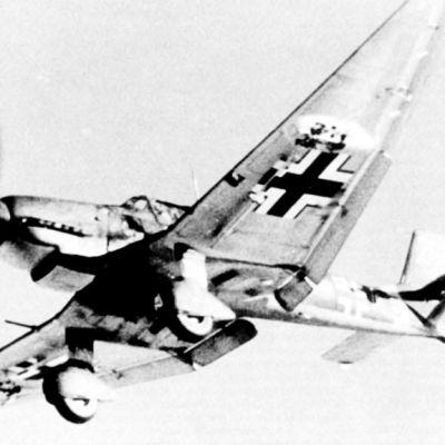 Pommikone JU-87D3 STUKA.