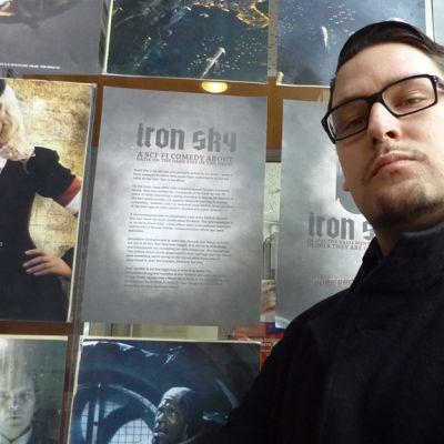 Ohjaaja Timo Vuorensola kehittää uutta elokuvaa Adolf Hitlerin palkkamurhasta.