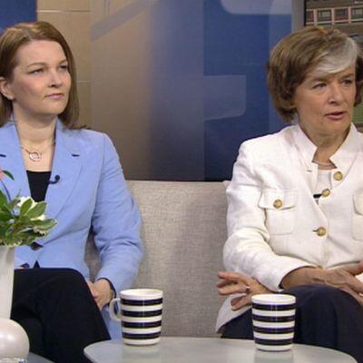 Mari Kiviniemi ja Astrid Thors Aamu-tv:n vieraina 21.5.2012.