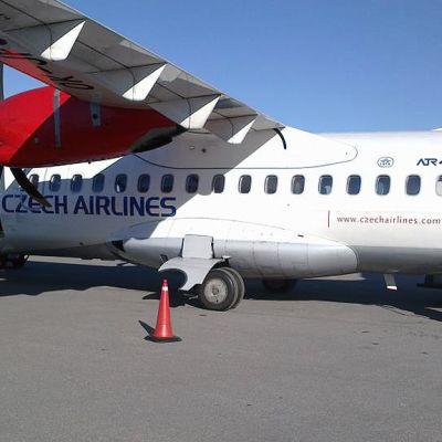 Czech Airlinesin ATR42 -lentokone.