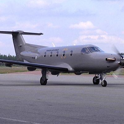 Pilatus PC-12 NG yhteyskone