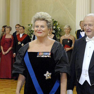 Valtioneuvos Riitta Uosukainen ja Toivo Uosukainen.