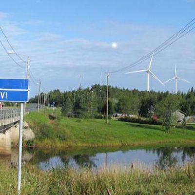 Havainnekuva Iin Olhavaan rakennettavista tuulivoimaloista.