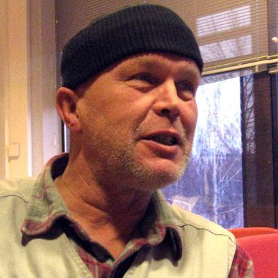 Kuvassa Kari Mäkinen