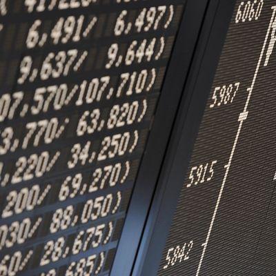 DAX-indeksin kehitystä kuvaava näyttötaulu Frankfurtin pörssissä.