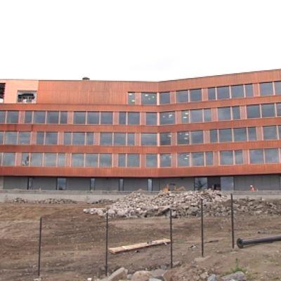 Sisäministeriön tietotekniikkakeskuksen HALTIKin toimitalo on valmistumassa Rovaniemelle.
