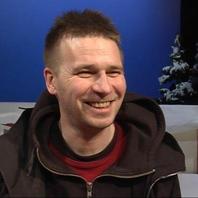 Kajaanin kaupunginteatterin johtaja Miko Jaakkola.