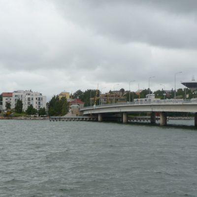Näkymä Lauttasaareen.