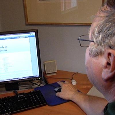 Lasse Soikkelille tulee kahden megan yhteys  ADSL- yhteyden kautta.