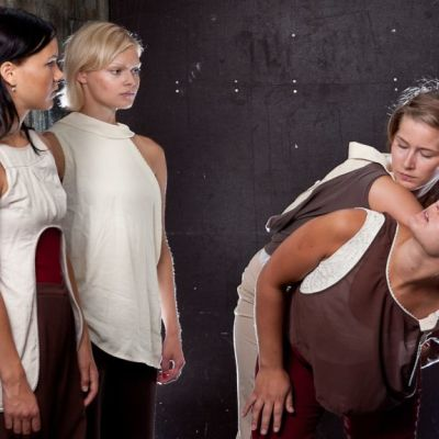 Nollapiste-kollektiiviin kuuluu viisi jyväskyläläislähtöistä tanssijaa.