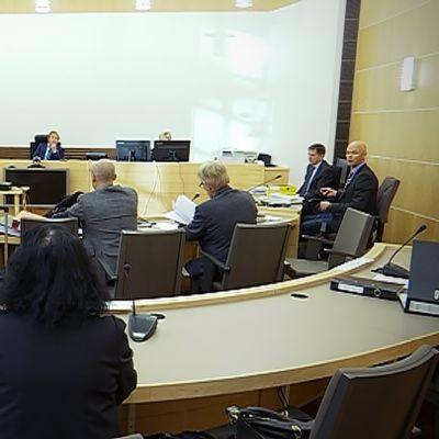 JAKKia koskeva oikeudenkäynti Etelä-Pohjanmaan käräjäoikeudessa 4.10.2016.