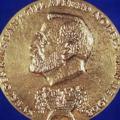 Taloustieteen Nobel julkistetaan Tukholmassa - Seuraa suorana