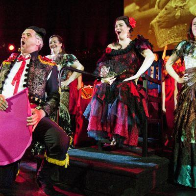 Kuvassa kohtaus Kokkolan Oopperan vuonna 2010 toteuttamasta Carmen-oopperasta