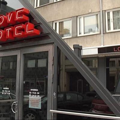 Love Hotelli