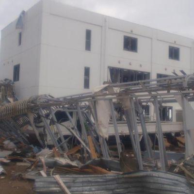 Kuvassa näkyy tuhoutunutta ydinvoimala-aluetta Fukushimassa.