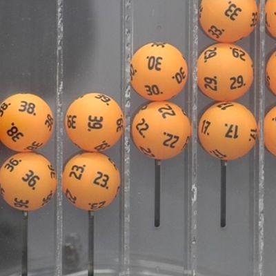 Uudet lottopallot