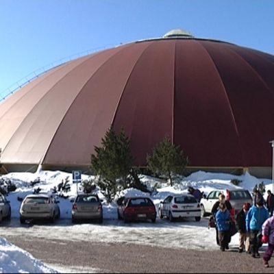 Peurungan tuttu kupoli katoaa remontissa