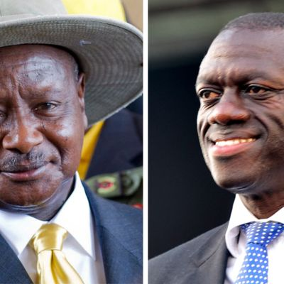 Ugandan presidentti Yoweri Museweni ja oppositiojohtaja Kizza Besigy.