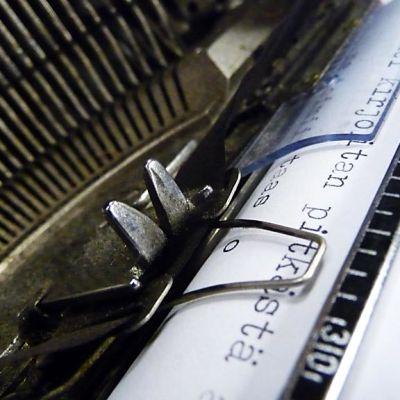 Kirjoituskoneen tekstissä on luonnetta.