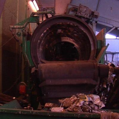 Edes biohajoavat vaipat eivät kelpaa kierrätykseen,  vaan ne erotellaan  kompostointilaitoksessa sekajätteeksi muiden muovien tapaan.