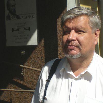 Antikvaari Markku Laitinen