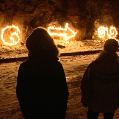 Tulipiirroksen tekoa harjoiteltiin maanantai-iltana Turussa.