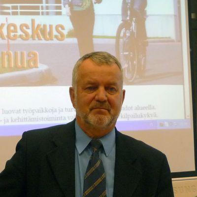 Kuvassa Mikko Viitasalo