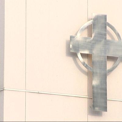 Imatran seurakunkeskuksen risti