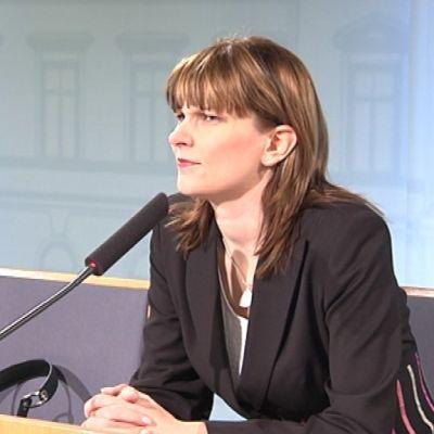 Hallinto- ja kuntaministeri Mari Kiviniemi