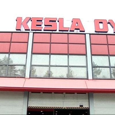 Keslan Joensuun tehdas ulkoa.
