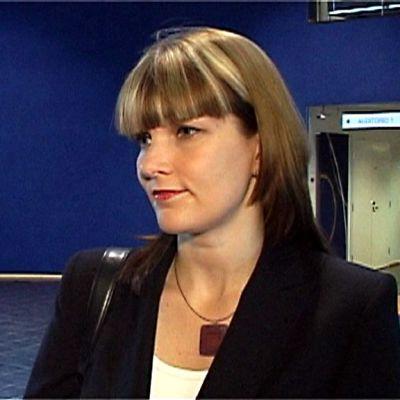 Hallinto- ja kuntaministeri Mari Kiviniemi Pohjanmaan uutisten haastattelussa.