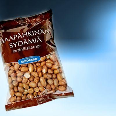 Pussi maapähkinöitä