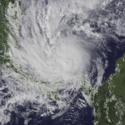 Satelliittikuva hurrikaani Ottosta, joka muodostuu Karibianmerellä 22. marraskuuta 2016. Hurrikaani uhkasi aikaisin aamulla 24. marraskuuta jo Costa Rican ja Nicaraguan rannikkoa.