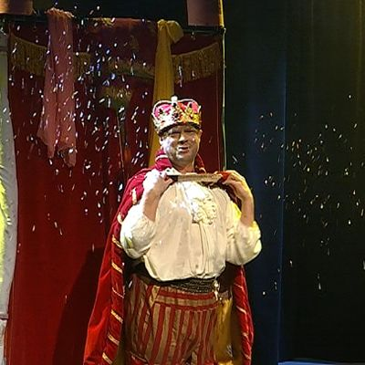 Jarno Kolehmainen Keisarin uusissa vaatteissa