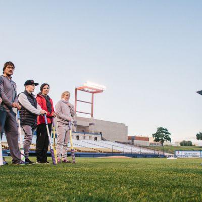 Toni Kohonen ja muut Supertähdet-ohjelmaan osallistuvat urheilijat.