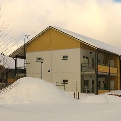 Rakennusvirheelliset rivitalot Sodankylässä.