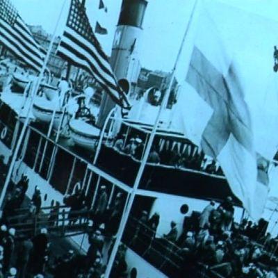 siirtolaisia laivalla