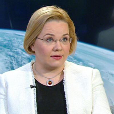 Avaruusfysiikan professori Minna Palmroth.