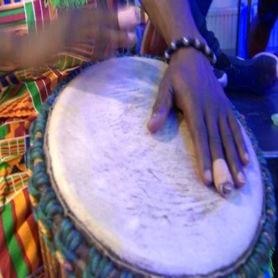 Uutisvideot: Afrikan rytmit ovat suosittuja