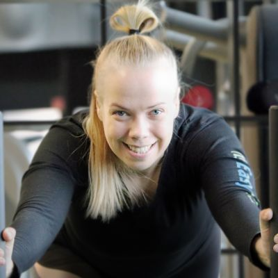 Sanni Hautakoski treenaa