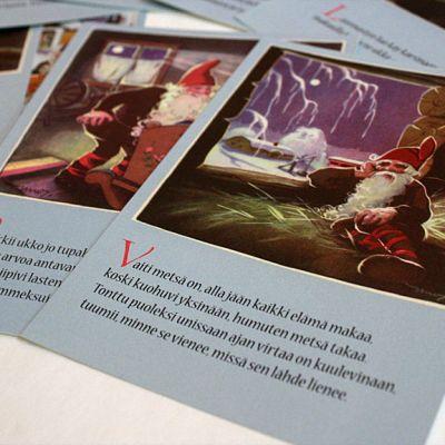 Kuvassa Tonttu-laulun säkeistöjen mukaisesti kirjoitettuja ja kuvitettuja joulukortteja.