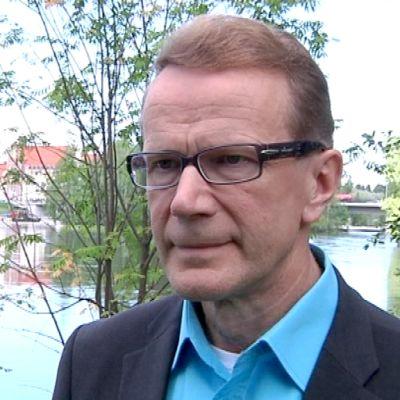 Pentti Hyttinen.