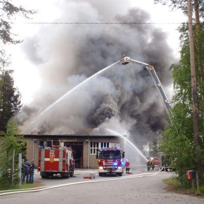 Tulipalo Joensuun Raatekankaalla