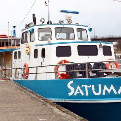 Satumaa-laiva laiturissa Joensuussa.