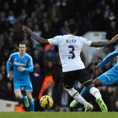 Jermain Defoe (oik.) pelasi entistä seuraansa Tottenhamia vastaan