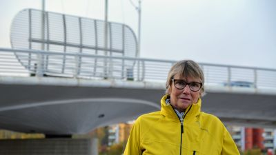Seija Kindstedt vid Mannerheimgatans bro