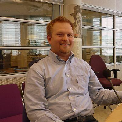 Juha Oksanen työskentee Stora Enson Imatran tehtaiden ympäristöpäällikkönä.