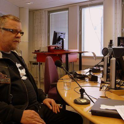 Imatralainen musiikkimies Ina Heino vieraili Etelä-Karjalan Radion keskiviikkovieraana.